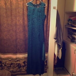 Dresses & Skirts - Teal green lace dress